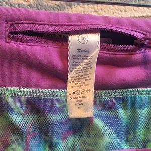 Ivivva Bottoms - Ivivva multicolor splatter shorts sz 10 59950